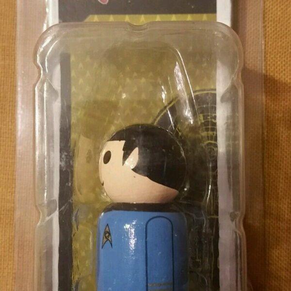 Star Trek: The Original Series – First Officer Spock Pin Mate Wooden Figure